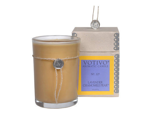 Votivo Lavender Chamomile Pear Candle Review