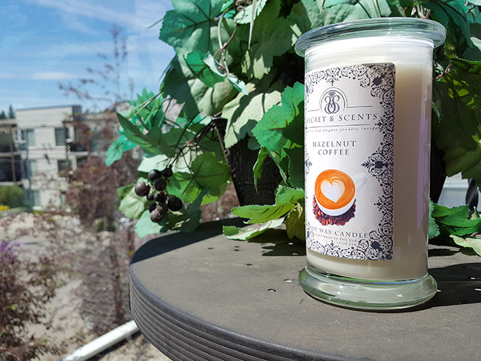 Secret and Scents Candle Review by Candle Junkies