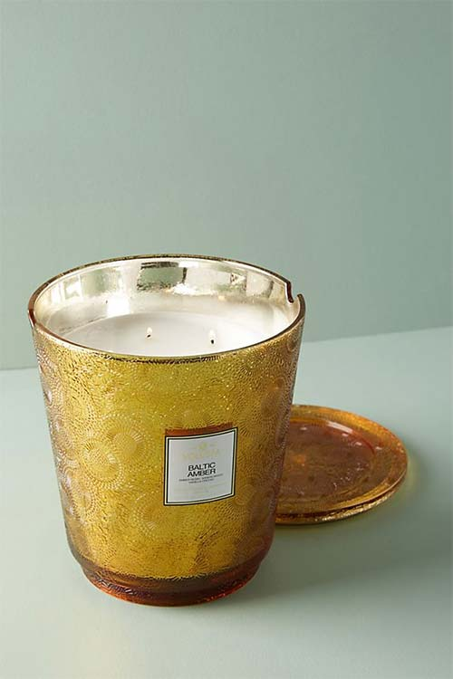 giant voluspa candle
